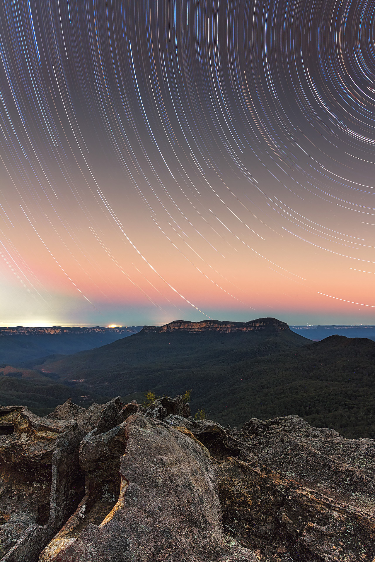 startrails blue mountains